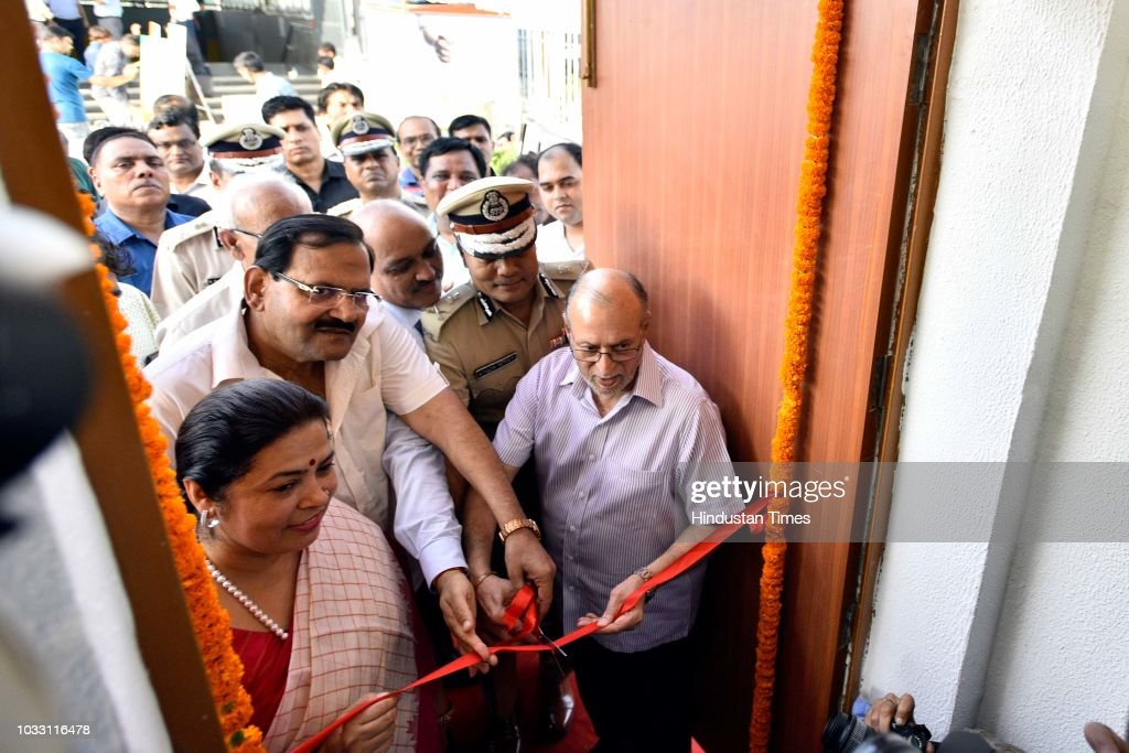 Delhi Lieutenant Governor Anil Baijal, Delhi Police Commissioner Amulya Patnaik and Lok Sabha MP Meenakashi Lekhi inaugurate Police Assistance Booth at AIIMS, on September 14, 2018 in New Delhi, India.