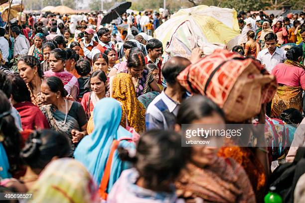 delhi, street scene - delhi stock pictures, royalty-free photos & images