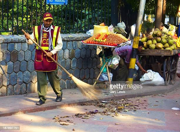 CONTENT] Delhi Street Sweeper