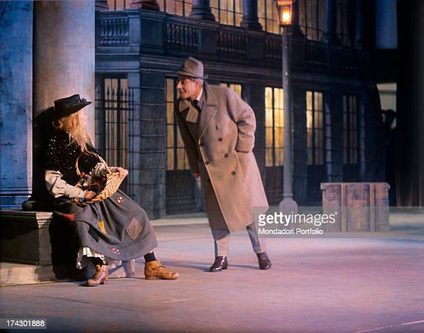 Delia Scala, stage name of Odette Bedogni, plays the role of Eliza Doolittle, the unrefined flower seller who is taken by professor Henry Higgins and...