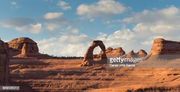 delicate arch, arches national park, utah - delicate arch stock pictures, royalty-free photos & images