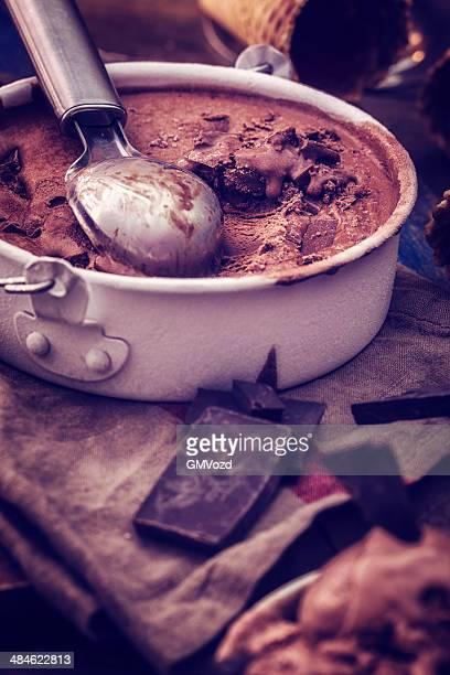 美味しいホームメイドアイスクリーム、チョコレート
