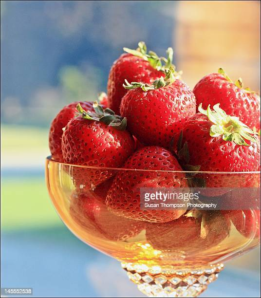 delicious strawberries - chatham new york state stock pictures, royalty-free photos & images