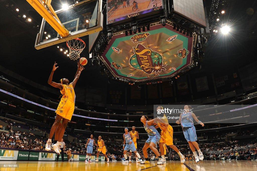 Atlanta Dream v Los Angeles Sparks : News Photo