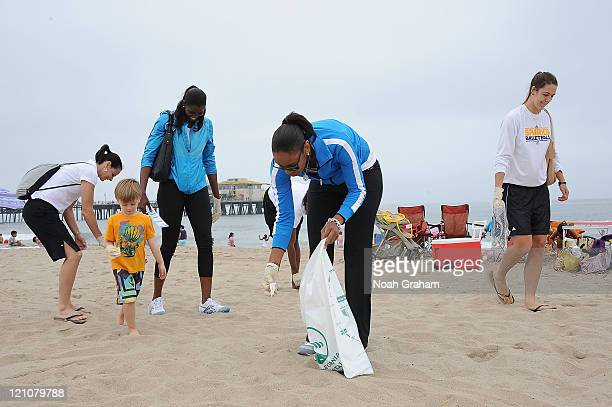 DeLisha MiltonJones Tina Thompson and Jenna O'Hea of the Los Angeles Sparks join forces with Waste Management and Heal the Bay to clean up Santa...