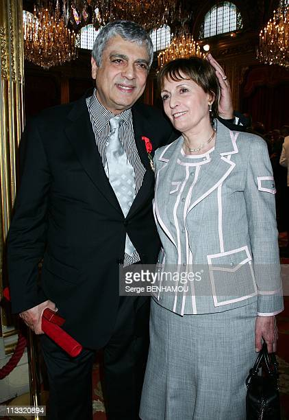 Delivery Of Decorations By The President Jacques Chirac At Elysee Palace In Paris France On May 03 2007 Enrico Macias and his wife Suzy