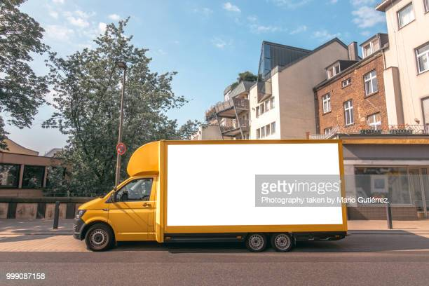 delivery truck - removal stock pictures, royalty-free photos & images