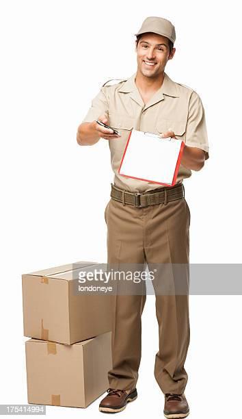 deliveryman pedir a sua assinatura-isolada - carteiro imagens e fotografias de stock