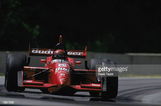 Della Penna Motorsports Racing driver Richie Hearn of the USA drives his Toyota Reynard 99i in the Texaco/Havoline 200 part of the CART Fed Ex...