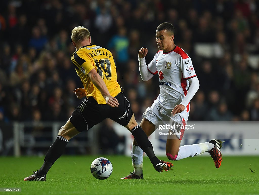 MK Dons v Sheffield United - Capital One Cup Fourth Round : News Photo