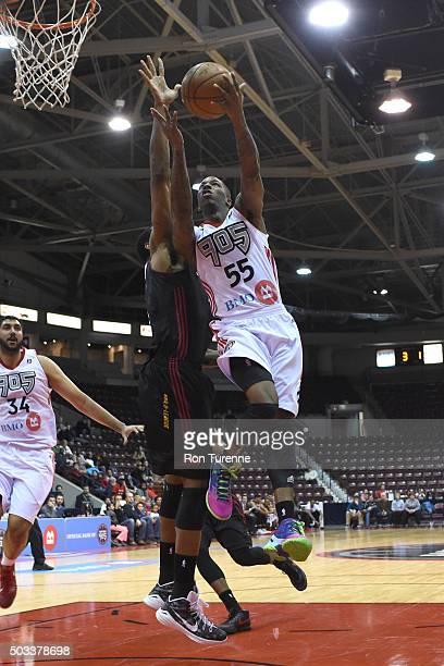 Delon Wright of the Raptors 905 drives to the basket against the Sioux Falls Skyforce during the game on December 31 2015 at the Hershey Centre in...