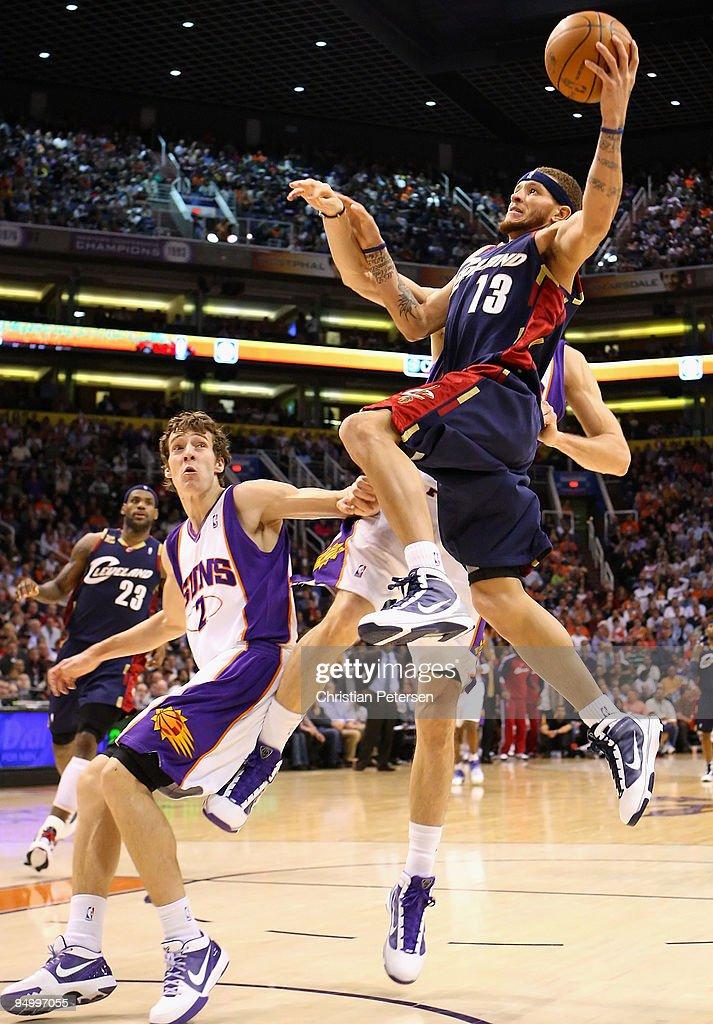 Cleveland Cavaliers v Phoenix Suns : News Photo