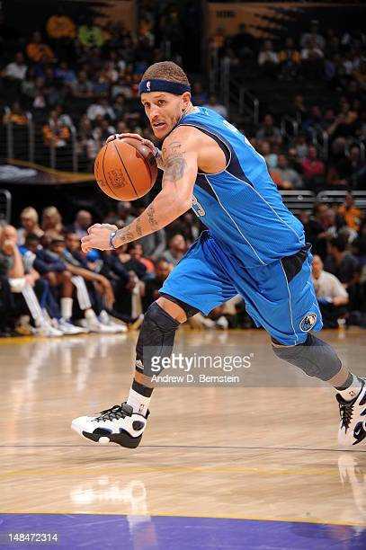 Delonte West of the Dallas Mavericks dribbles the ball against the Los Angeles Lakers on April 15 2012 in Los Angeles California NOTE TO USER User...