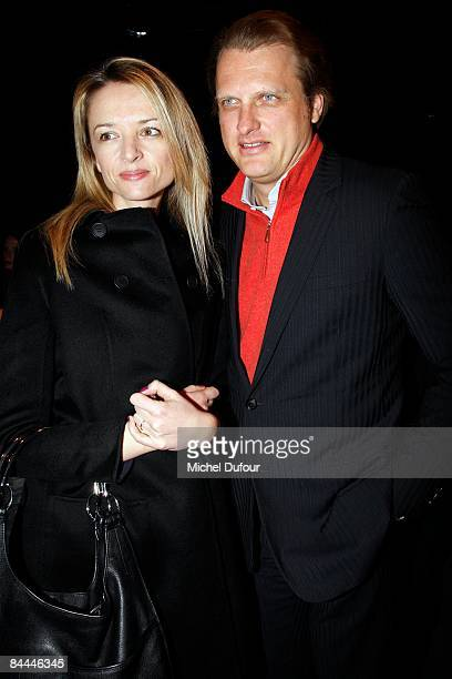 Delphine Arnault Gancia and Alessandro Vallarino Ganciaattend the Dior Homme fashion show during Paris Fashion Week Menswear Autumn/Winter 2009 on...