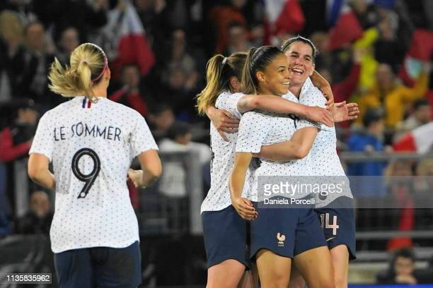 Delphine Cascarino celebration with her teammates from France after scoring the first goal during the international friendly football match between...