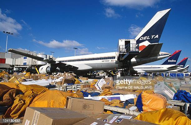 Delta Air Lines In Atlanta United States In January 2001 US postal packages