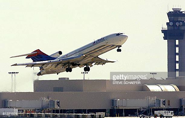 Delta Air Lines jet takes off at Hartsfield International Airport in Atlanta Georgia 26 September 2001 Delta Airlines announced 08 September 2004 it...