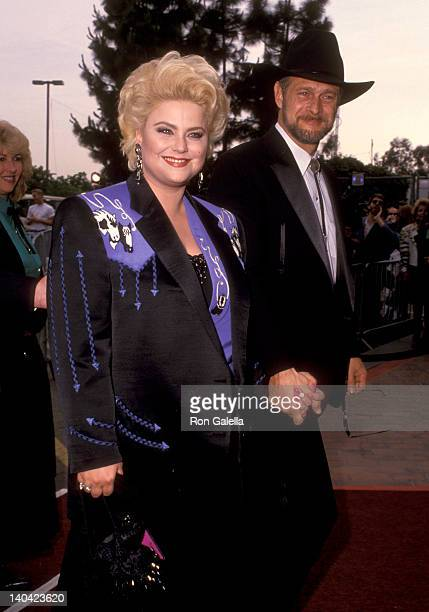 Delta Burke and Gerald McRaney at the 27th Annual Academy of Country Music Awards Shrine Auditorium Los Angeles