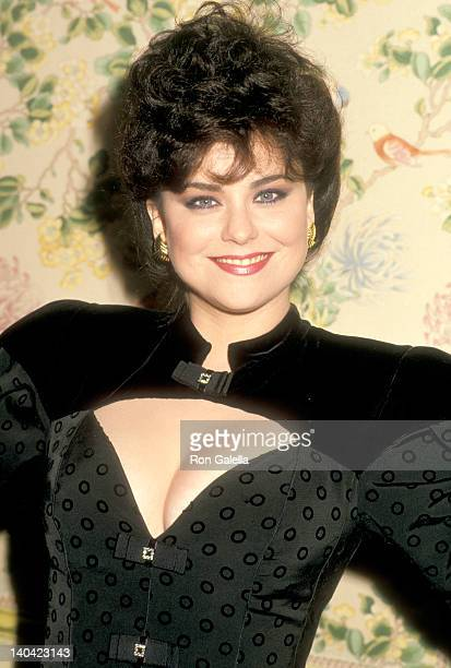 Delta Burke at the Hollywood Women's Press Club 47th Annual Golden Apple Awards Beverly Wilshire Hotel Beverly Hills