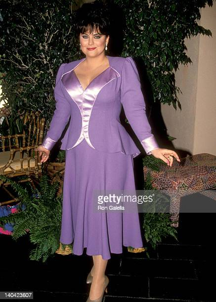 Delta Burke at the Taping of Bob Hope's TV Special 'Bob Hope's Yellow Ribbon Party' Bob Hope's Palm Springs Home Palm Springs