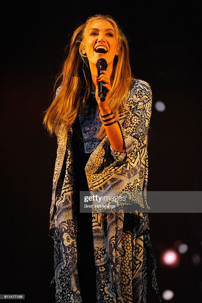 Delta Goodrem performs during the Nickelodeon Slimefest 2016 matinee show at Sydney Olympic Park Sports Centre on September 30, 2016 in Sydney, Australia.
