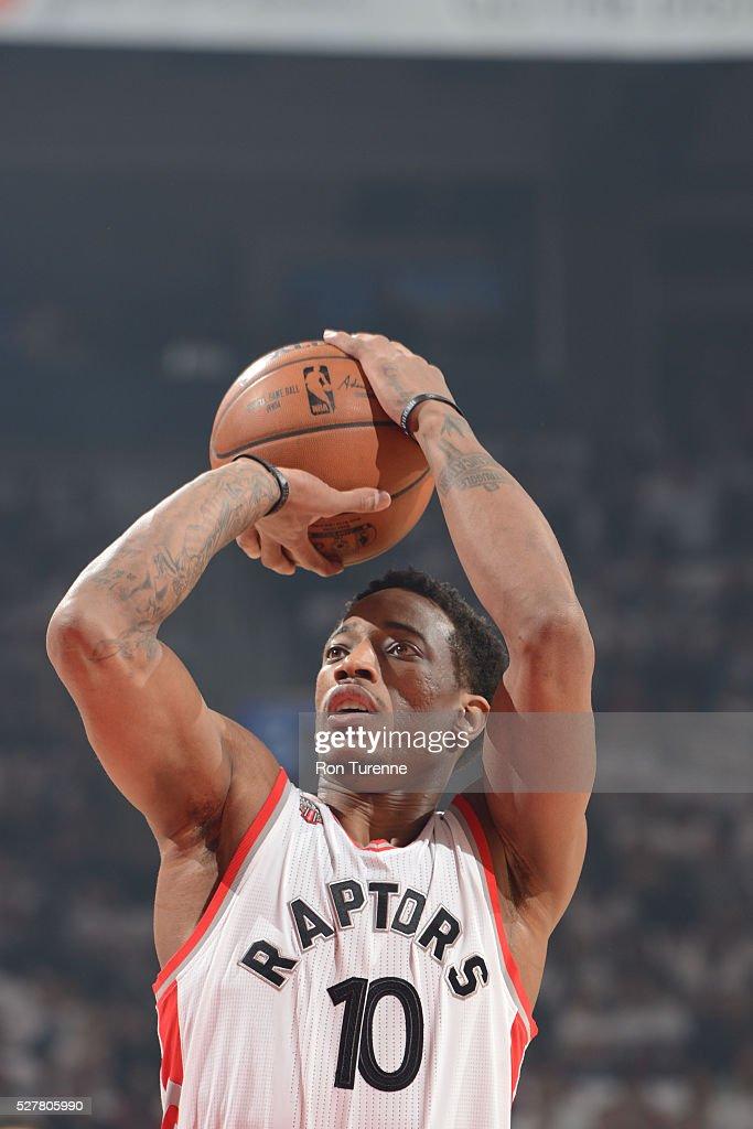 Miami Heat v Toronto Raptors - Game One : News Photo
