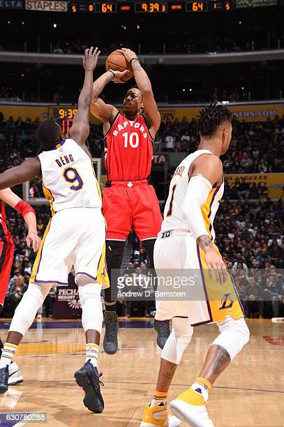 847b3dfb5e2 DeMar DeRozan of the Toronto Raptors shoots the ball against the Los  Angeles Lakers on January