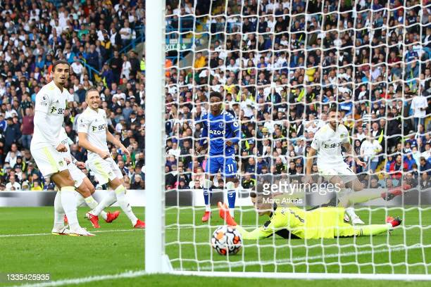 Demarai Gray of Everton scores their side's second goal past Illan Meslier of Leeds United during the Premier League match between Leeds United and...