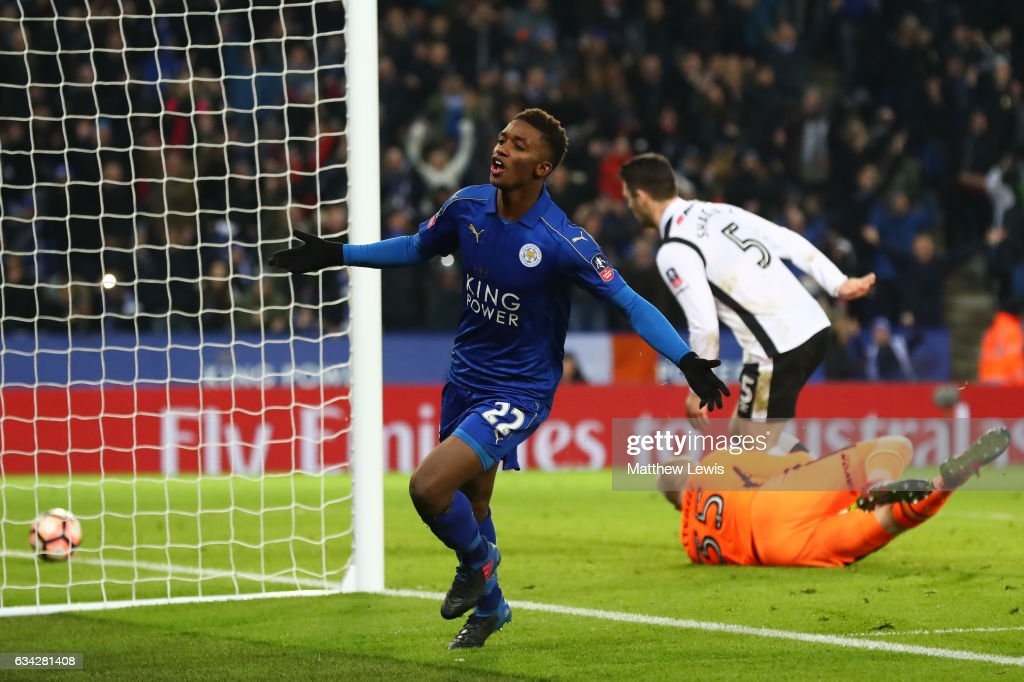 Demarai Gray of Leicester City celebrates after scoring his team's third goal during the Emirates FA Cup Fourth Round replay match between Leicester City and Derby City at The King Power Stadium on February 8, 2017 in Leicester, England.