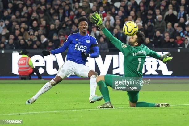 Demarai Gray of Leicester City scores his sides second goal past Lukasz Fabianski of West Ham Unitedduring the Premier League match between West Ham...