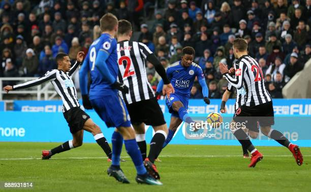 Demarai Gray of Leicester City scores the 2nd Leicester goal during the Premier League match between Newcastle United and Leicester City at St James...