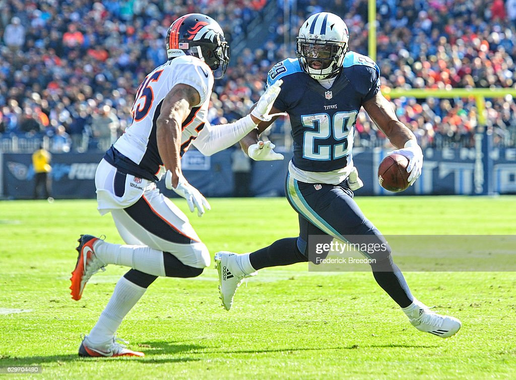 Denver Broncos v Tennessee Titans : News Photo