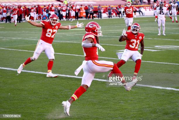 Demarcus Robinson of the Kansas City Chiefs celebrates his touchdown against the Atlanta Falcons with Travis Kelce and Darrell Williams during the...