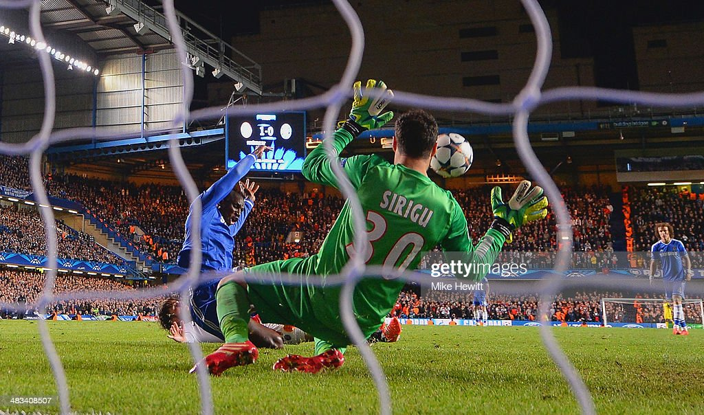 Demba Ba of Chelsea scores their second goal past Salvatore Sirigu of PSG during the UEFA Champions League Quarter Final second leg match between Chelsea and Paris Saint-Germain FC at Stamford Bridge on April 8, 2014 in London, England.