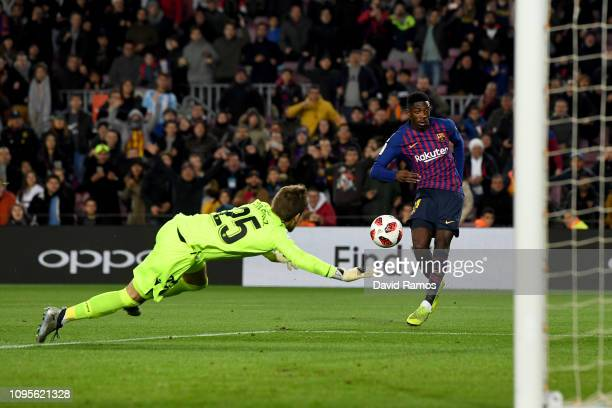Dembele of FC Barcelona scores his second goal during the Copa del Rey Round of 16 match between FC Barcelona and Levante at Nou Camp on January 17...