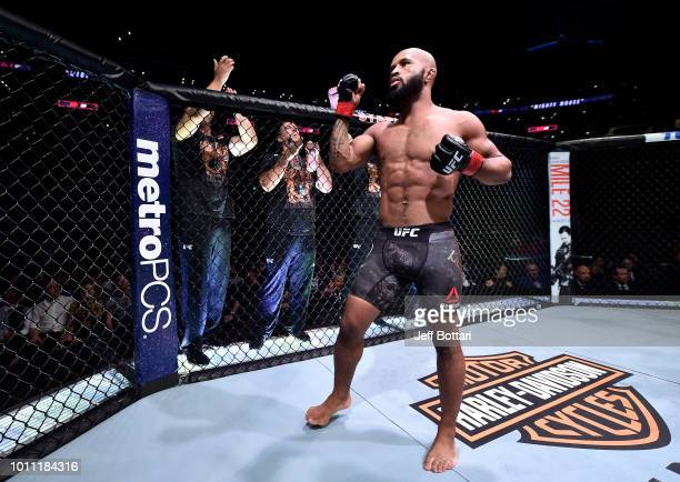 Demetrious Johnson Fighter Stock Pictures, Royalty-free Photos ...