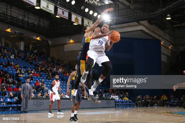 Demetrius Jackson of the Delaware 87ers drives to the basket against the Fort Wayne Mad Ants during a GLeague at the Bob Carpenter Center in Newark...