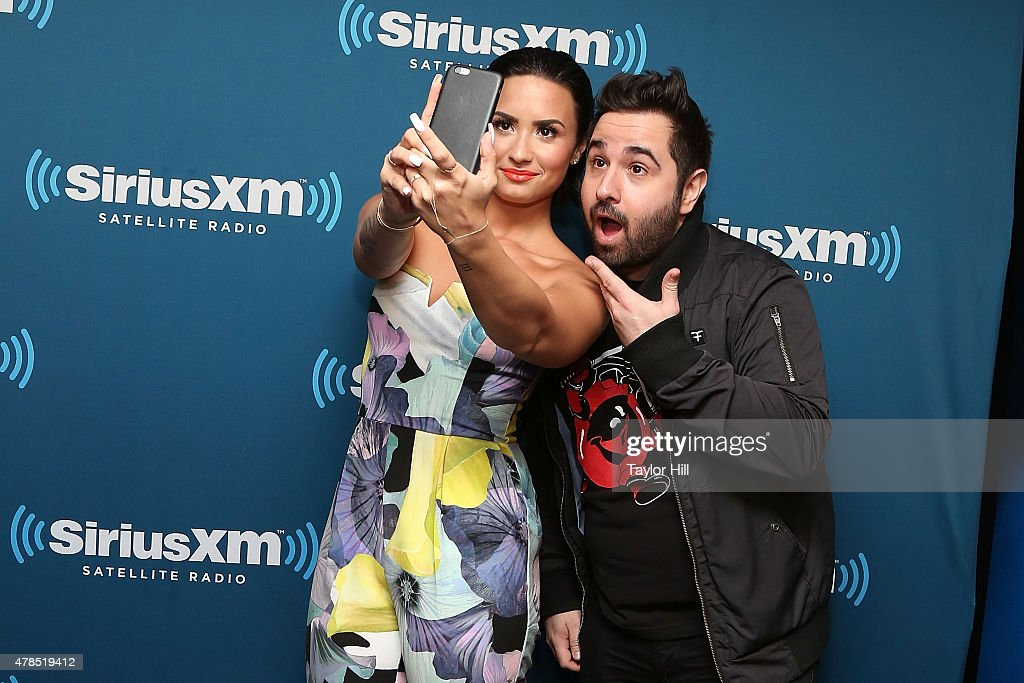 Demi Lovato Visits SiriusXM's Hits 1 : News Photo