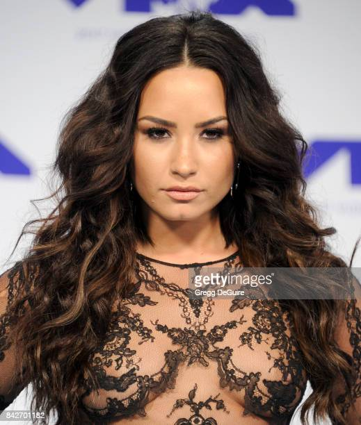 Demi Lovato arrives at the 2017 MTV Video Music Awards at The Forum on August 27 2017 in Inglewood California