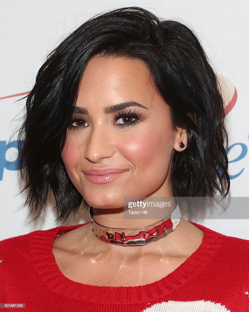 Demi Lovato attends at Y100's Jingle Ball 2015 on December 18, 2015 in Sunrise, Florida.