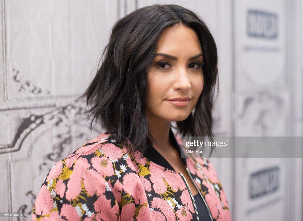 "Build Series Presents Demi Lovato & Joe Manganiello Discussing ""Smurfs: The Lost Village"" : News Photo"