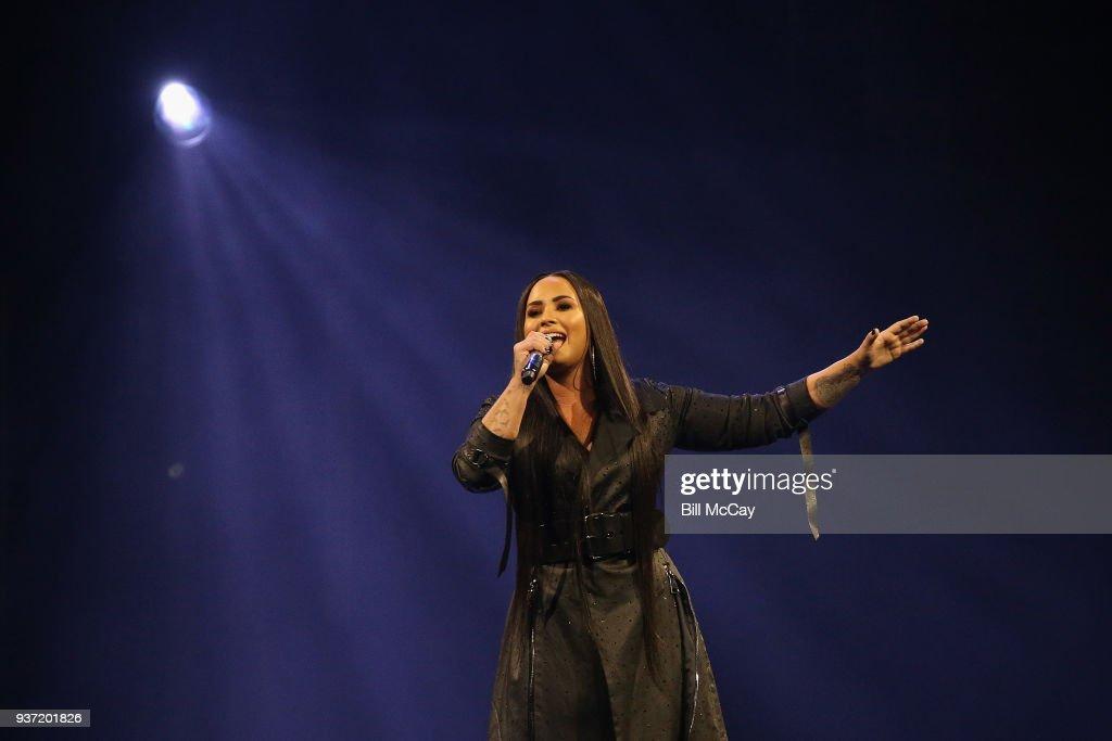 Demi Lovato In Concert - Philadelphia, PA