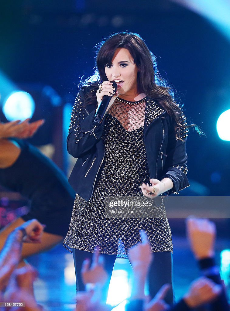 Demi Lovato performs onstage at the 'VH1 Divas' show held at The Shrine Auditorium on December 16, 2012 in Los Angeles, California.