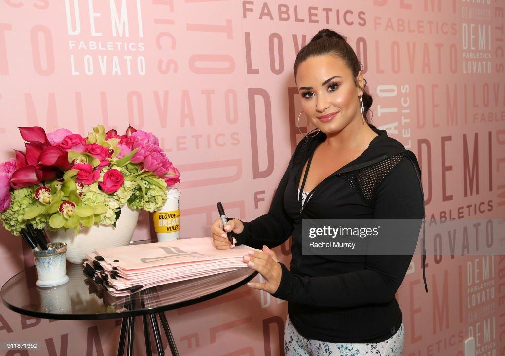 Demi Lovato visits Fabletics at Del Amo Fashion Center : News Photo