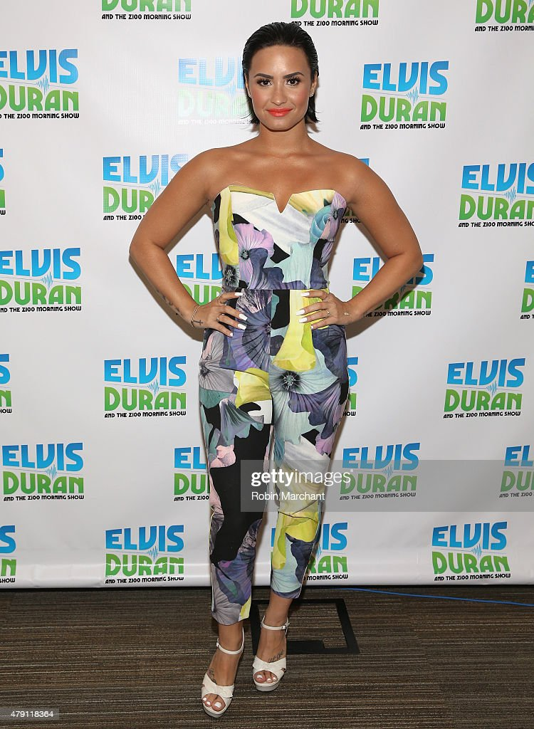 "Demi Lovato Visits ""The Elvis Duran Z100 Morning Show"" : News Photo"