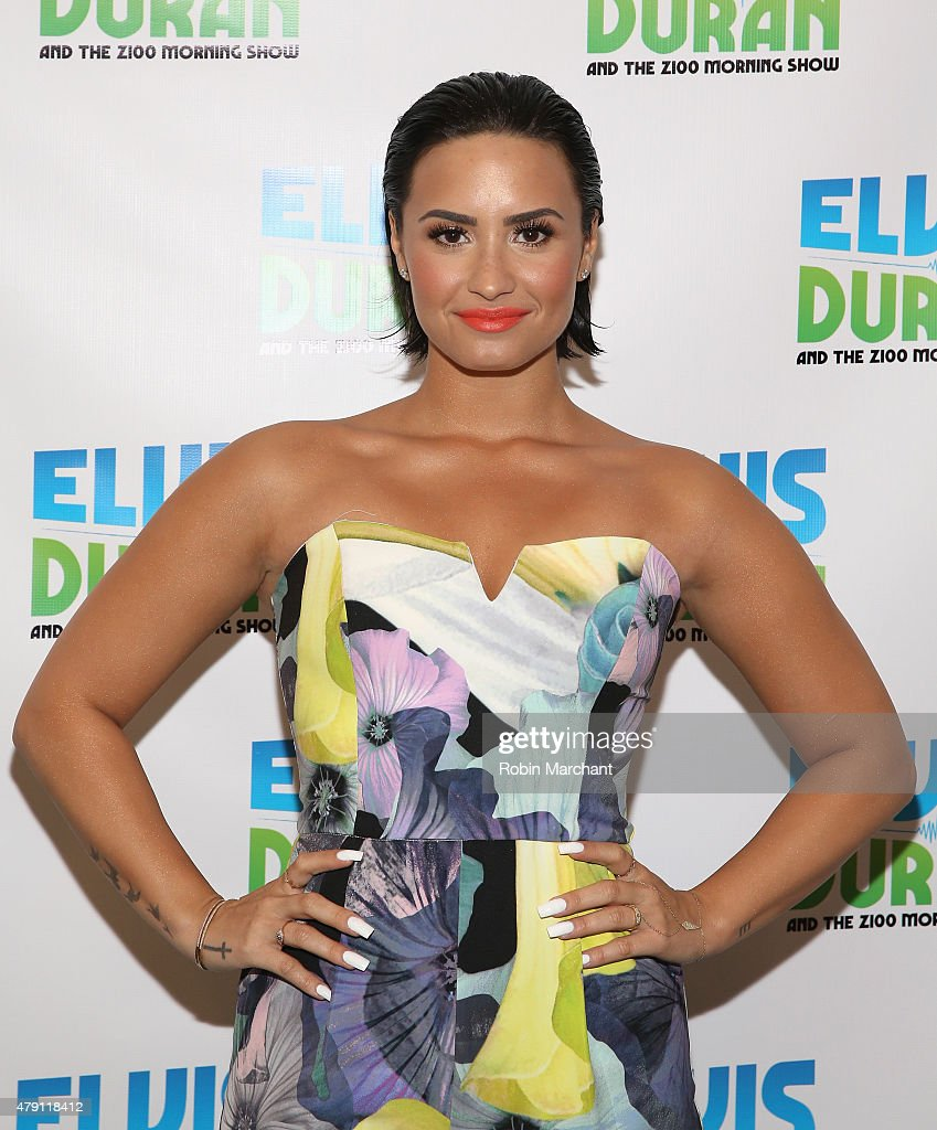 "Demi Lovato Visits ""The Elvis Duran Z100 Morning Show"" : News Photo"