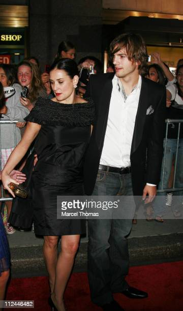 Demi Moore and Ashton Kutcher during Live Free or Die Hard New York City Primiere Arrivals at Radio City Music Hall at 1260 Avenue of the Americas in...