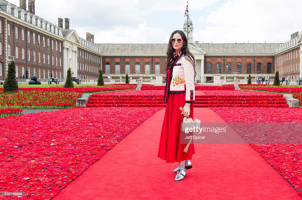 Demi Moore attends Chelsea Flower Show press day at Royal Hospital Chelsea on May 23, 2016 in London, England. The prestigious gardening show features hundreds of stands and exhibition gardens.