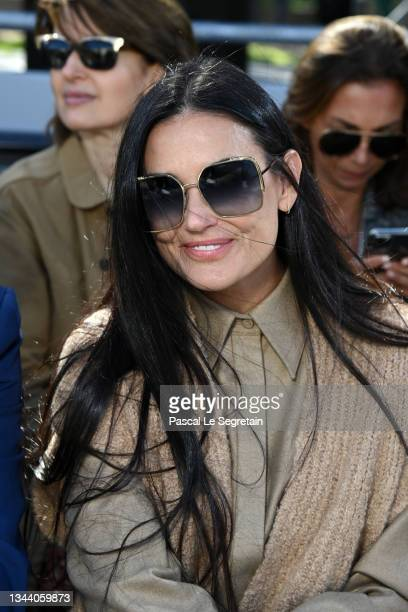 Demi Moore attends the Chloe Womenswear Spring/Summer 2022 show as part of Paris Fashion Week on September 30, 2021 in Paris, France.