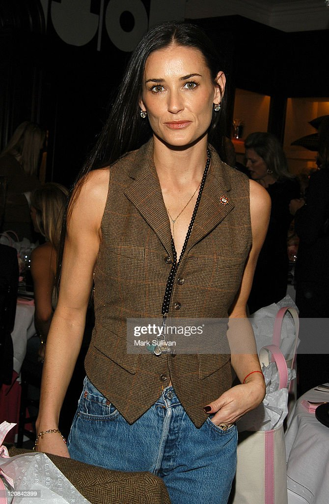 Luncheon at Ralph Lauren Rodeo Drive Store in Support of The Women's Cancer Research Fund & The Pink Pony Fund : News Photo